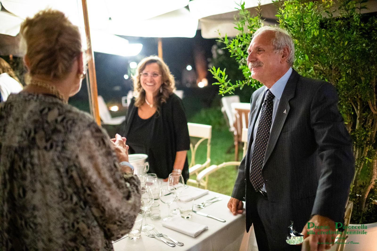 Il Presidente del Parco nazionale del Circeo, gen.  Antonio Ricciardi con la consorte, al San Francesco di Ludovica De Cesare ed Elena Daneo;