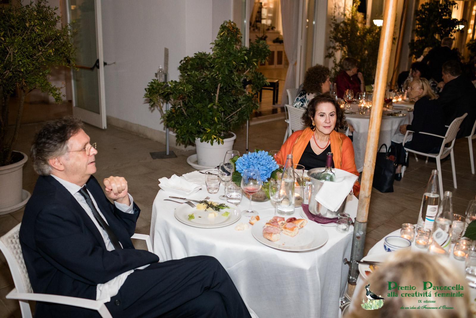 Lo sceneggiatore e regista Graziano Diana, componente il Comitato d'Onore della Pavoncella, con la moglie Mercedes