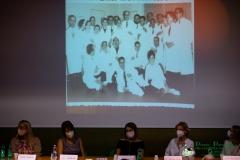 Un 'immagine del professor Gerardo Giocoli tra i suoi collaboratori ed allievi;